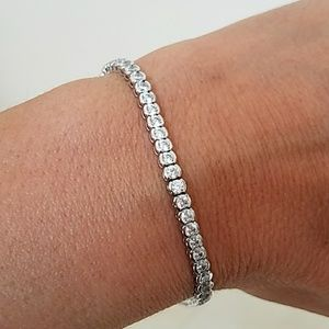 Jewelry - Solid 14k White Gold Tennis Bracelet 7.5 inches